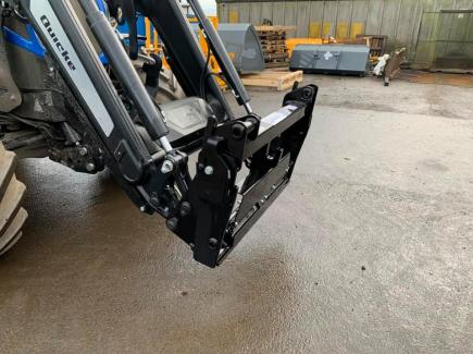 Quicke to JCB Q-Fit Quick Hitch Adaptor