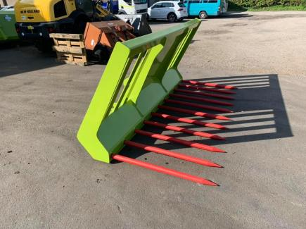 Claas Scorpion 741 Attachments