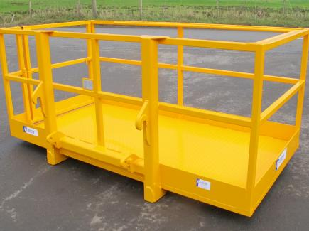 8' x 4' Access Platform c/w Euro Fittings