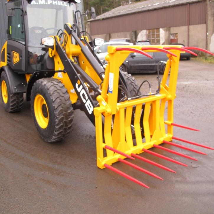 4' 6 Muck Fork and Top Grab for JCB 406