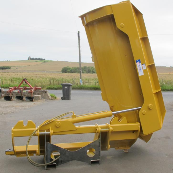 Side Tipping Bucket