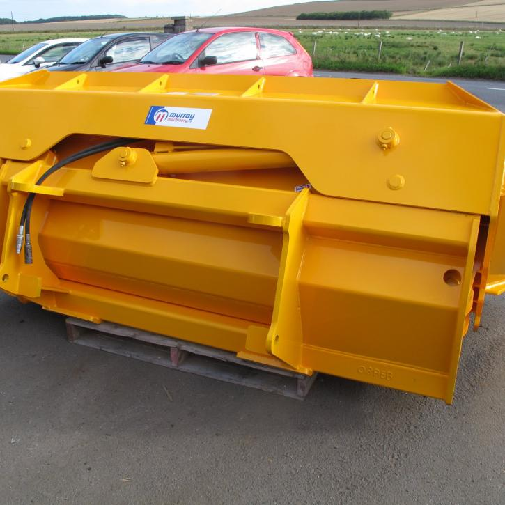 8ft wide Side Tipping Bucket with bucket teeth and pin and cone