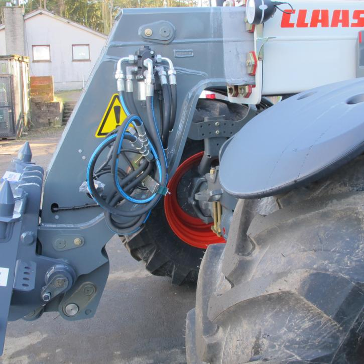 Claas - Pin & Cone Quick Hitch