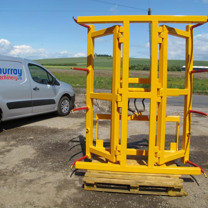 Square Bale Stacker - version for stacking 2 Heston or 4 round bales at a time.