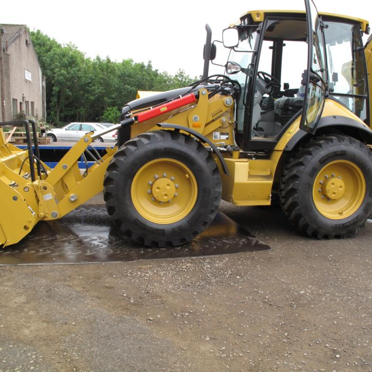 CAT 434E Quick Hitch