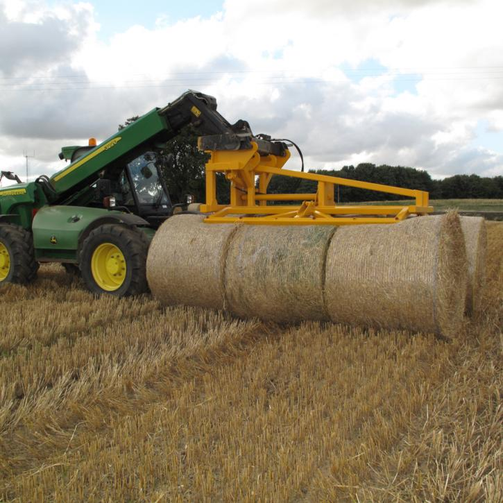 Square Bale Stacker - version for stacking 3 Heston or 6 round bales at a time.
